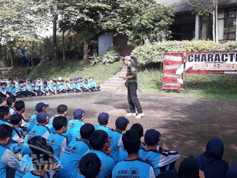 Outbound dan Rafting SMP Muhammadiyah 8 Batu